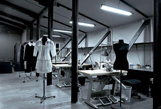 时装学院教学开展的原则是什么
